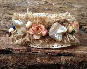 Cuff bracelet Lace bracelet Wrist Lace jewelry Rustic Bridal, Beach wedding bracelet, beige lace,brown burlap mother of pearl and flowers
