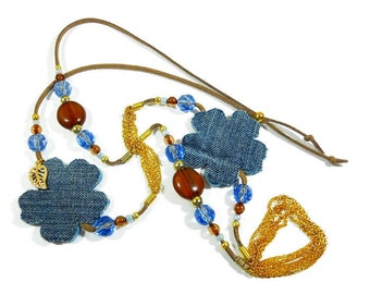 Denim flower necklace. Boho necklace. Blue necklace. Fabric necklace. Denim jewelry. Recycled necklace. Denim flowers. Jeans jewels. UN#06