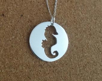 Seahorse necklace, Seahorse jewelry, Nautical necklace, Sea necklace, Ocean necklace, Beach necklace, Silver necklace, Animal necklace
