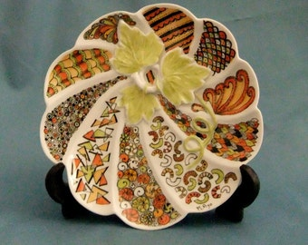 Pumpkin plate with Kaleidoart design in fall colors
