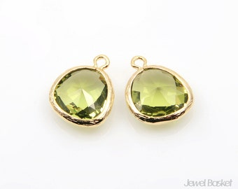 2pcs - Apple Green Glass and Gold Framed Pendant / green / apple green / 16k gold plated / glass / pendant / 13 x 16mm / SAGG001-P