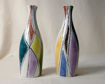 Pair of Italian Pottery Vases Harlequin Sgraffito Design Geometric Trangle Pattern Multicolor Made in Italy Mid Century V7 1958