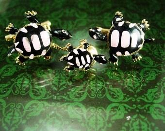 Vintage Enamel Turtles Cufflinks Tie Tack Set Hand Painted Pink Black Wedding Wildlife Signed Swank