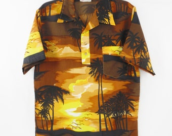 Vintage mens Sears Kings Road brown yellow beach sunset short sleeved Hawaiian shirt