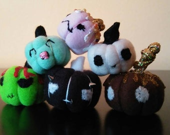 Pumpkin Miniature Plush Prop for 1:6 Scale Dolls, Blythe, Pullip, Monster Ever After High