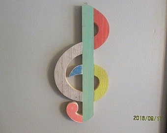Wooden treble clef