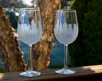 Charlotte, North Carolina Etched Skyline Silhouette Outline Wine Glasses or Stemless wine Glasses (set of 1 or 2)