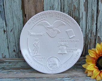 1976 Frankoma BI-CENTENNIAL CELEBRATION Symbols Of Freedom Janice Frank Collector's Plate Fifth Of 5 Issues