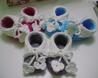 """Crochet newborn baby booties """"Puppy"""""""