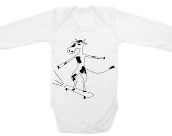 Skateboard baby grow, Cow on a skate baby bodysuit, mini skater clothes, gift for a skateboarder, newborn present