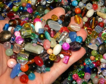 NEW  8/oz  Multi-Mixed Loose lot of Beads Assorted sizes & colors 6mm-12mm  Glass only
