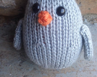 Hand knit plush bird grey