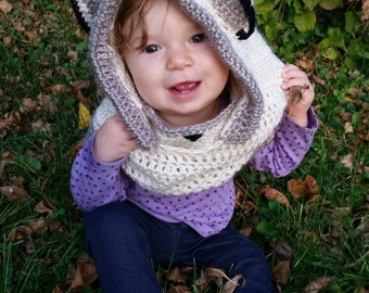 Wee Wolf Hooded Cowl
