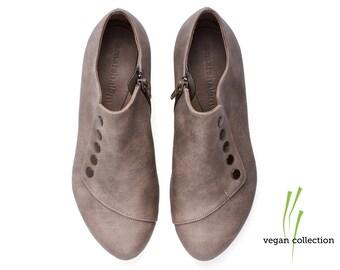 Vegan handmade grey flat shoes, by Tamar Shalem on etsy