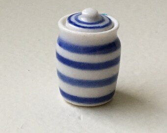 "Dollhouse Miniature Ceramic Cannister. 1"" scale   (JL)"