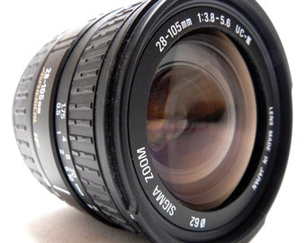 Sigma Zoom UC-III Aspherical IF 28-105mm F3.8-5.6 lens A-Mount Sony fit