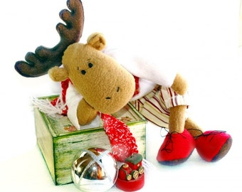 Stuffed reindeer, christmas decoration, stuffed toy, christmas decor, christmas toy, christmas gift, plush reindeer, stuffed animal