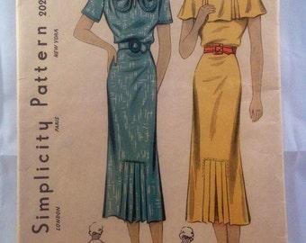 Vintage Simplicity Dress #2021. 1930's. Size 12 Bust 30