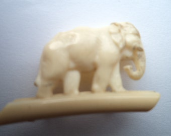 Fabulous Vintage Small Plastic Elephant Brooch/Pin