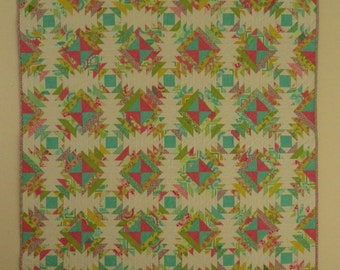 Pineapple quilt, patchwork quilt, quilted throw, lap quilt, girl quilt.