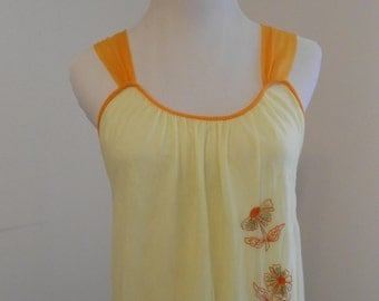 Last Chance SALE Vintage yellow nightgown with floral embroidery