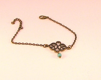 Bracelet chaîne fine bronze, estampe et turquoise