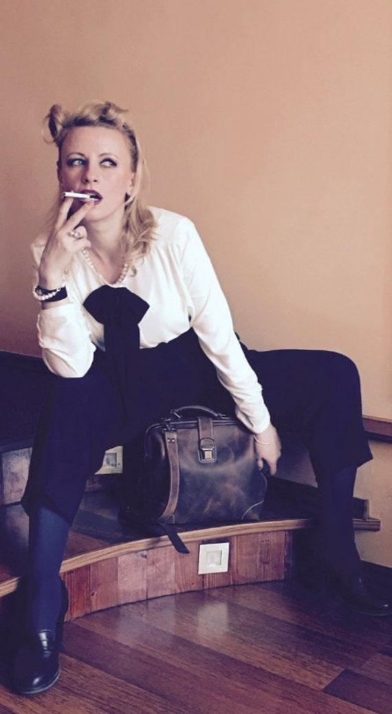 Everyday Bag, Woman Doctor Bag, Leather Bags, Top Handle bag, Leather Doctor bag, Leather Messenger Bag, Metal frame Bag