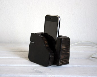 Free shipping. iPhone wooden dock station.Natural wood style.