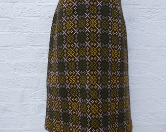 Vintage skirt handmade clothing fashion 60s Welsh tapestry skirt wool clothes 1960s ladies womens gift green clothing skirt indie vintage UK