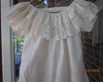Lacy Peasant blouse and skirt --sweet and flirty!