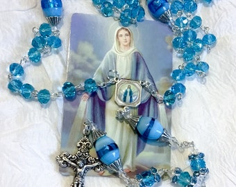 Rosary Lovely Lady Dressed In Blue Our Blessed Virgin Mary With a 72 page Book Rosary Guide
