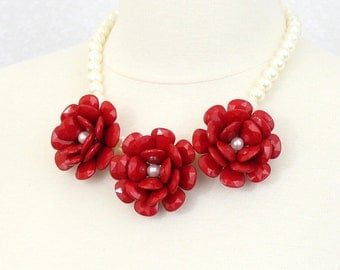 Red Chunky Flower Statement Necklace Rose Bib Necklace Beaded Rose Necklace