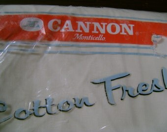 Cannon Twin Sheet Cotton/Poly Fitted Never Used