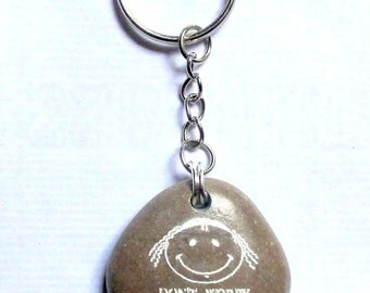 Natural Engraved Beach Stone Keychain Dont worry be Jewish men/women gift Judaica gift Funny gift
