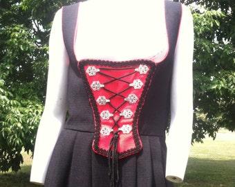 1970's vinatge red and black Dirndl dress/70's vintage Tratchen Dirndl/70's oktoberfest dress large