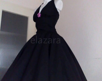 Black dress 50s style table and chairs
