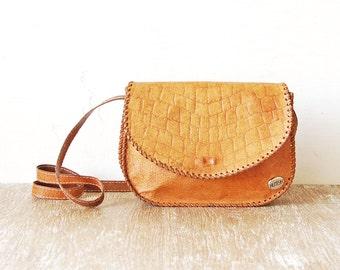 Vintage Tooled Leather Handbag, 80s Leather Tooled Purse, Shoulder Bag, Leather  Retro Lady Purse