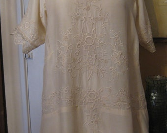 1910 Edwardian Embroidered Silk Blouse/ Restored