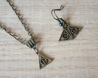 Deathly Hallows Earrings Tiny Set Deathly Hallows Necklace Fans jewelry Wizard jewelry Hogwarts necklace Triangles Necklace symbol fandom