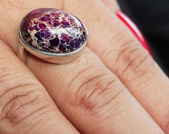 Fancy Gemstone Ring with an oval shaped purple Pietersite Sterling Silver 925 size 10 (GR58)