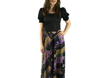 Retro maxi dress /70s black maxi dress /boho festival dress small / retro print long dress / 70s hippie / bohemian hippie / UK 8