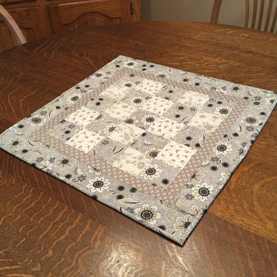 Quilted Table Topper, Quilted Table Mat, Table Topper, Candle Mat, Country Table Topper