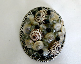 Classy black and white seashell pendant or pin_beach jewelry
