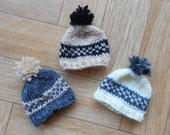 Tiny hats with pompom - Knit mini hat ornaments - Set of 3 small miniature beanies - Vegan yarn hand knitted Easter tree decorations