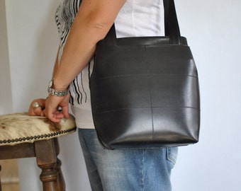 Vintage TOTE LEATHER BAG , women's leather bag .....(439)