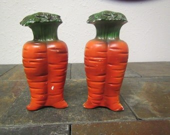 Vintage CARROT  SALT & PEPPER Shaker Set from Japan :  Ceramic