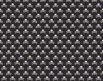 Riley Blake Designs - Haunting Skull Black - C4675-BLACK
