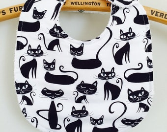 Bavette flirtatious and elegant, cats blacks, practical, absorbent, perfect shower gift!