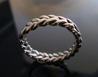 Left And Right Twisted Yin And Yang  Sterling Silver Band