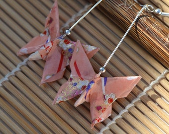 Oriental butterfly earrings handmade dangle earrings origami Japanese washi paper ribbons original gift girley jewelry silver pink Chinese